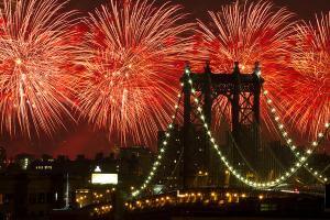 macys-4th-of-july-fireworks-2010-new-york-city-7_l